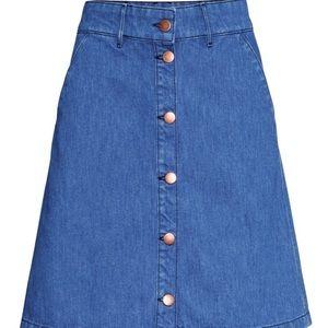 H&M Denim Button front high waisted miniskirt